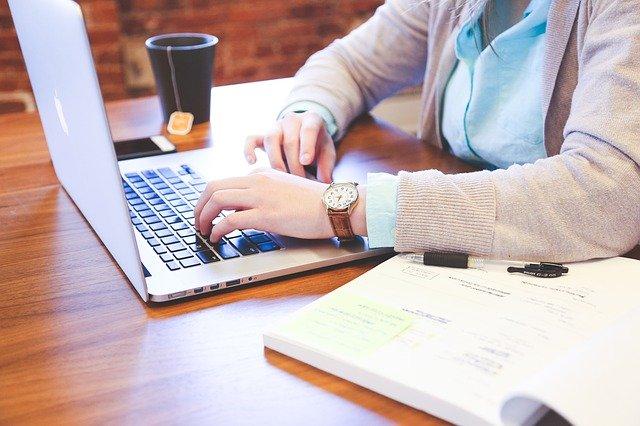 Een vakkundige tekstschrijver voor je website vinden